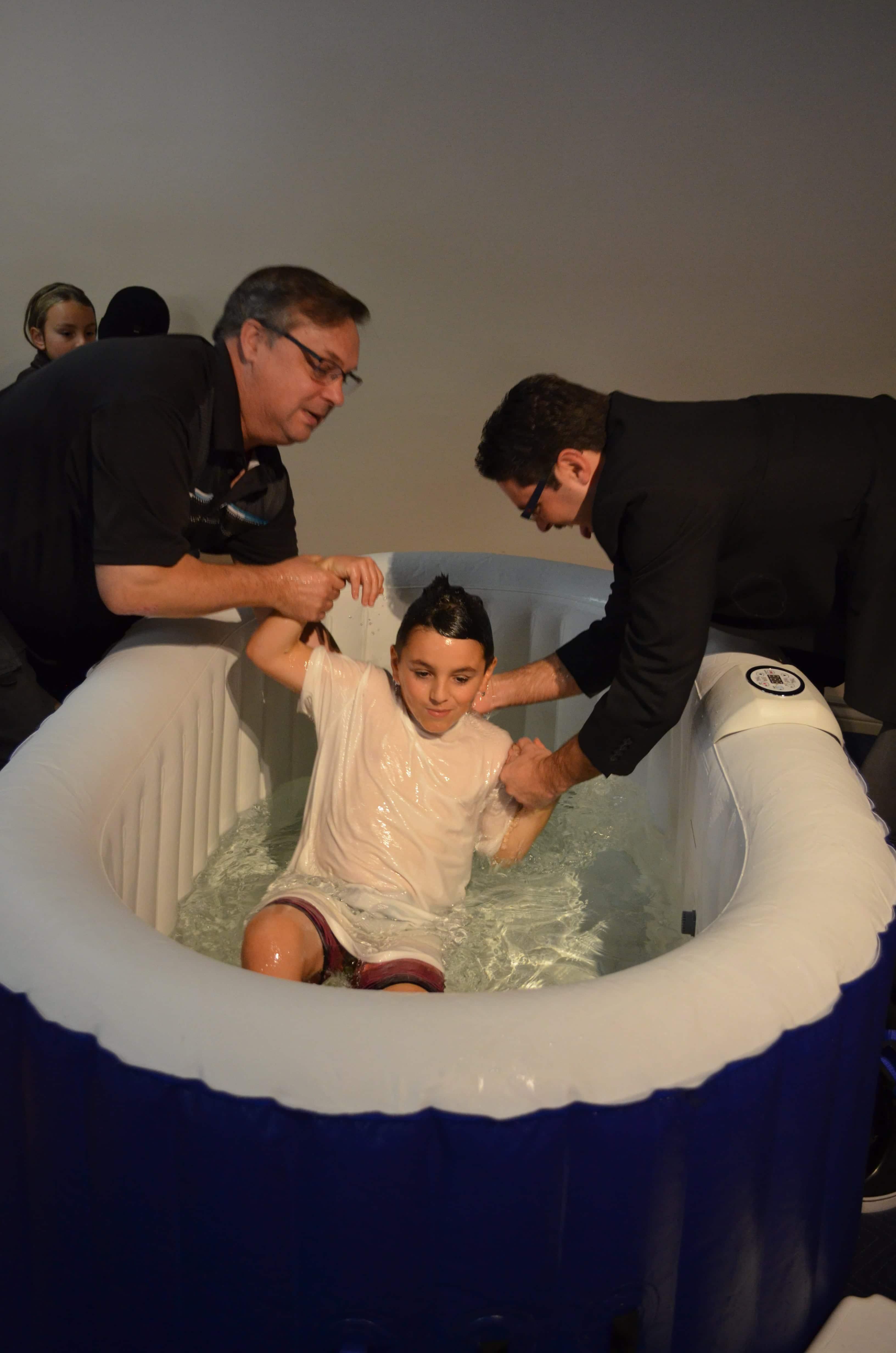 noah_waterbaptism